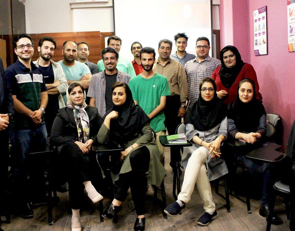 گزارش سینماکارآفرینی هفتاد و هفت